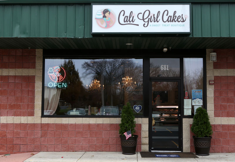 Cali Girl Cakes